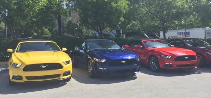 Mustang convertible toma South Beach