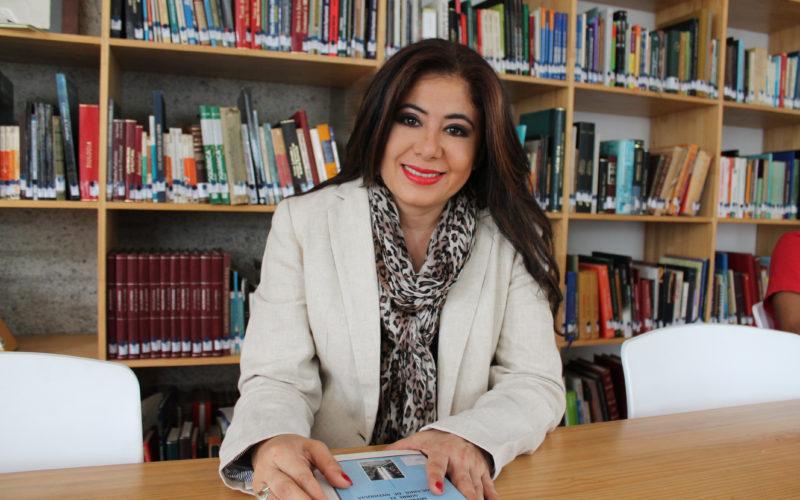 Pilar Vélez recibió el premio al Valor Comunitario del gobierno colombiano