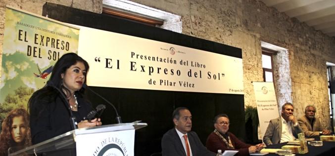 """Pilar Vélez presenta en el Senado de México """"El Expreso del Sol"""""""