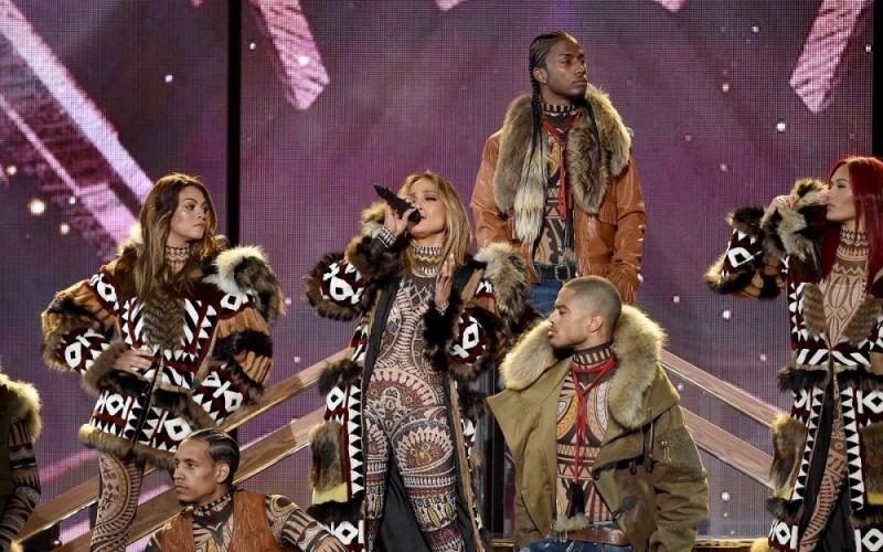 JLo se roba el show en los American Music Awards