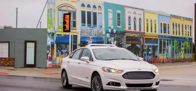 Ford triplica flota de desarrollo de vehículo autónomo