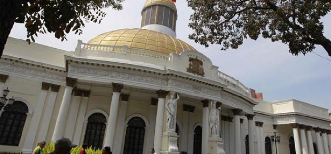 Oposición venezolana tomó control del parlamento