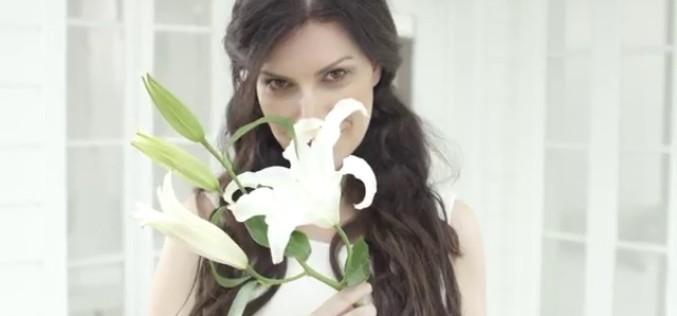 """Laura Pausini estrena """"Nuestro amor de cada día"""""""