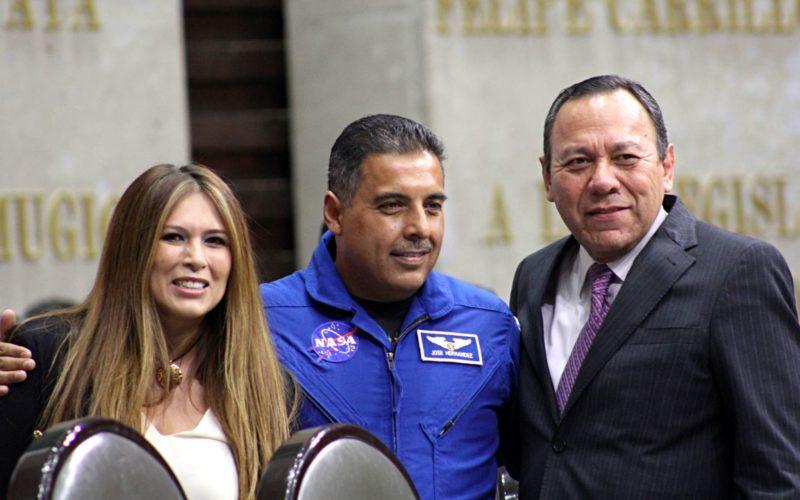 El astronauta José Hernández Moreno recibido por la Cámara de Diputados de México