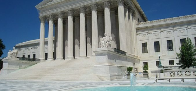 Corte Suprema queda sin decisión sobre plan migratorio de Obama