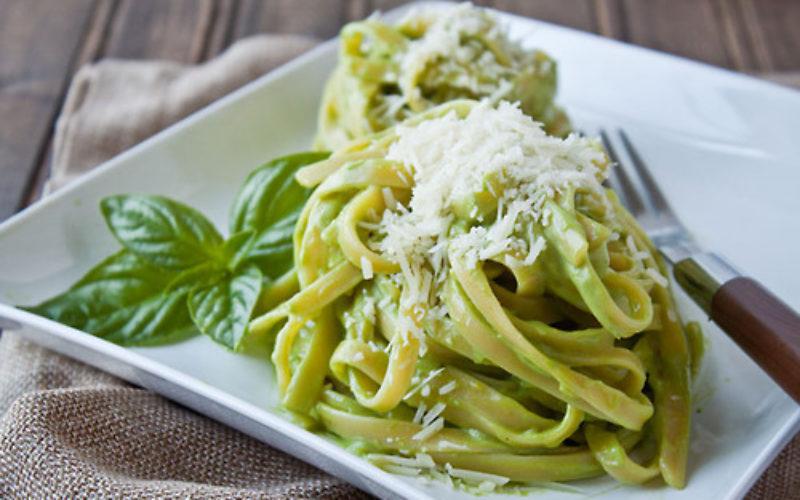 Pasta al pesto, una receta especial de Gina Tinoco