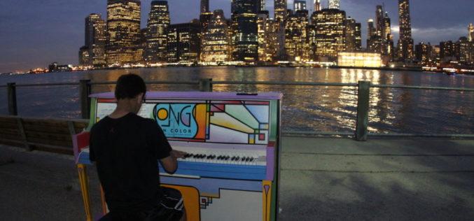"""""""Sing for Hope"""" trae los pianos de la esperanza a las calles de Nueva York"""