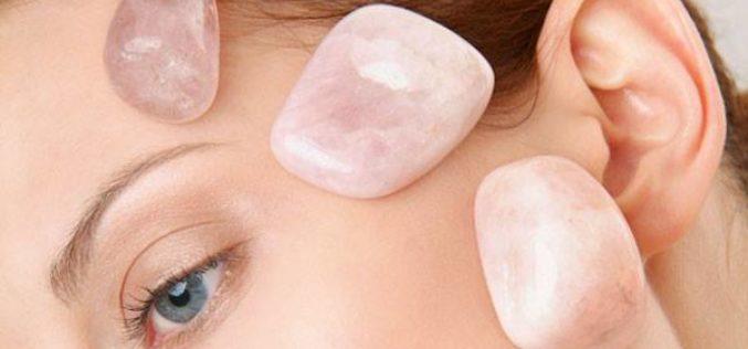 ¿Cómo liberar tu feminidad a través de los cristales sagrados?