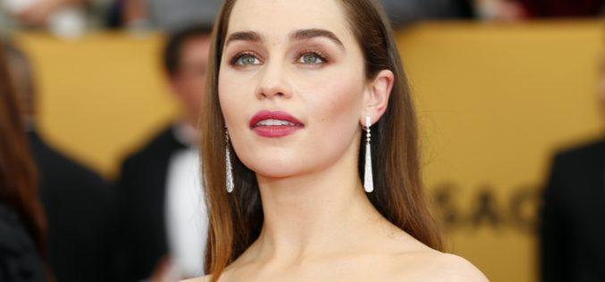 Emilia Clarke se une al universo de Star Wars