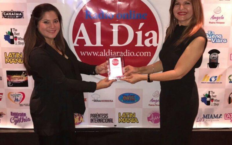 La Nota Latina recibe reconocimiento en el lanzamiento oficial de Al Día Radio