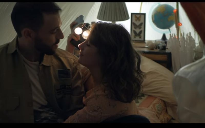 """Quique Montes estrena video de su canción """"Besos"""""""