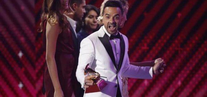 """""""Despacito"""" arrasa en los Latin Grammy 2017"""