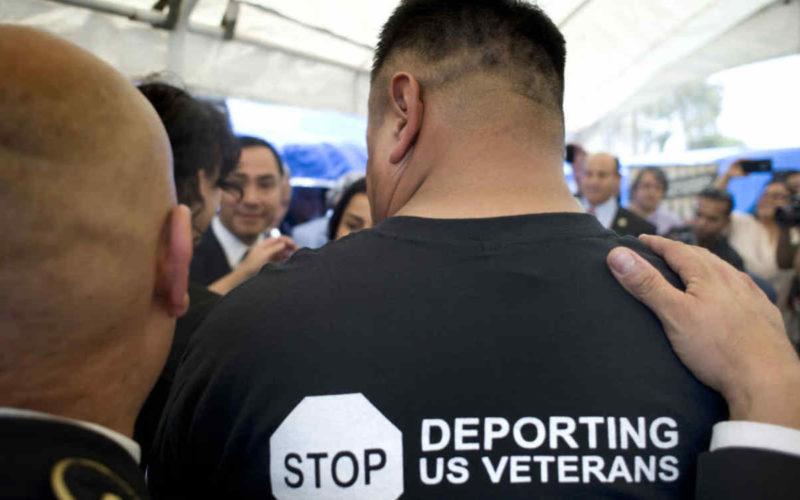 Veteranos hispanos temen ser deportados de EE.UU.