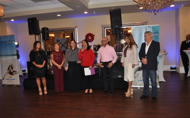 """Oficina de Turismo de RD en Miami realiza """"Encuentro Navideño con Medios"""""""