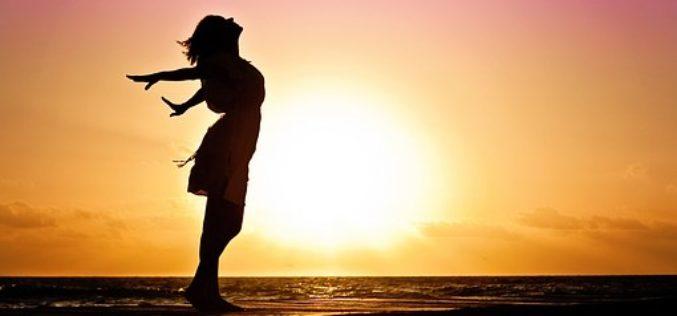 ¿Por qué la labor de la mujer es vital en la prosperidad de la herencia cultural?