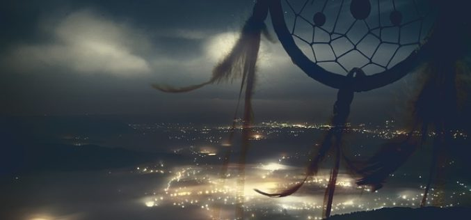 Ahuyentados maleficios, un poema de Eduardo Escalante