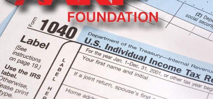 AARP Foundation ofrece ayuda gratuita para elaborar los taxes