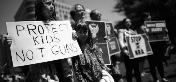 Sobrevivientes a la masacre de Florida marcharán en Washington para exigir reformas en leyes de armas