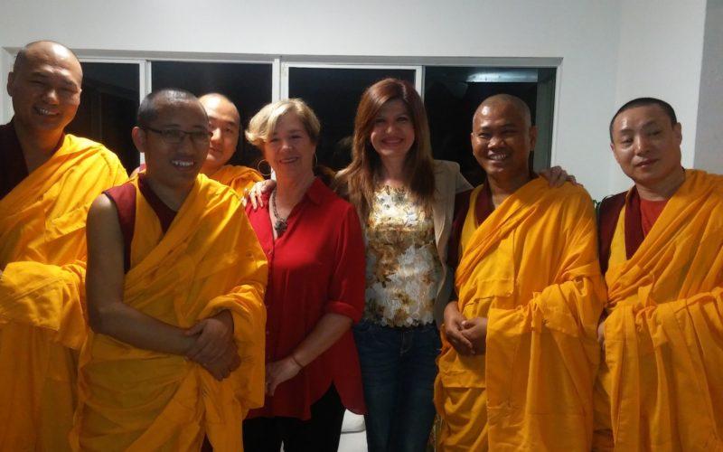 Monjes del monasterio Drepung realizaron cantos por la Paz en Miami