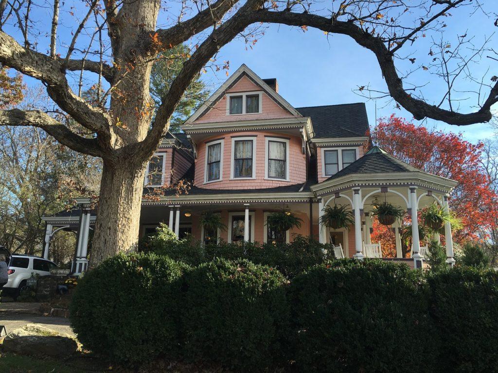 Uno de los atractivos más populares es el afamado Biltmore Estate