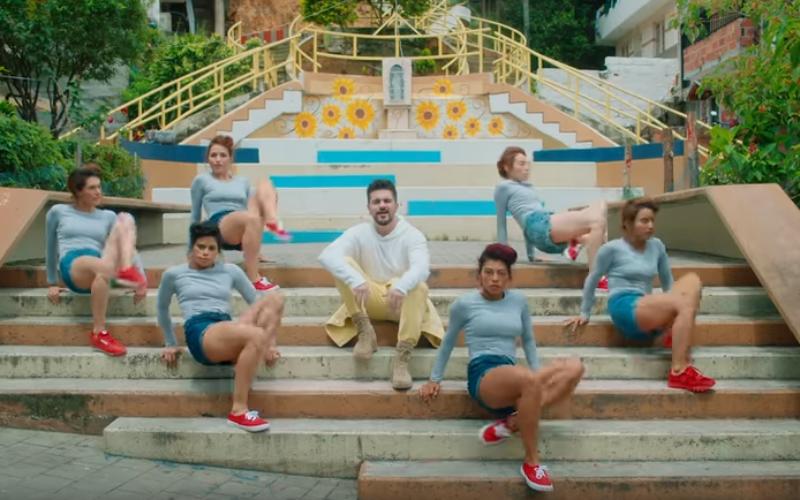 """Con """"Pa dentro"""" Juanes explora nuevos ritmos"""