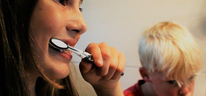 Cuidado bucal de los niños: Mitos y verdades