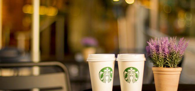 Starbucks eliminará los pitillos a escala global