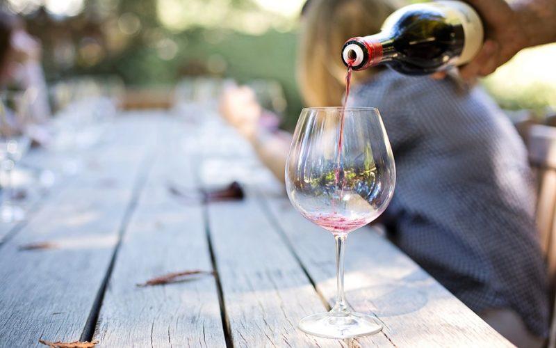 Consumo de alcohol: nuevas evidencias sobre su impacto en la salud