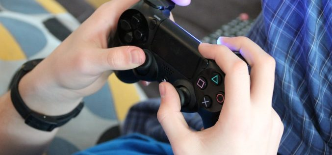 Dilemas familiares: ¿Cuánto de video juegos es adecuado en la vida de nuestros hijos?