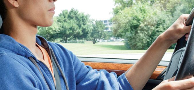 ¿Por qué los adolescentes conducen como sus padres?