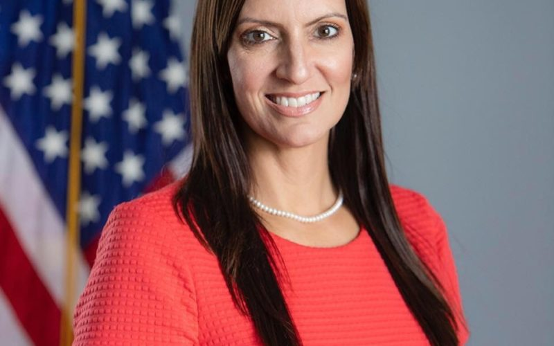 La Vicegobernadora de Florida Jeanette Núñez inaugura Mujer10.Org