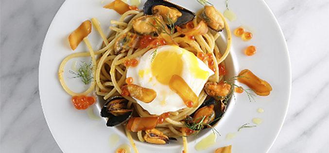 Un plato que enamora: spaghetti picante con almejas