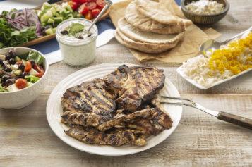 Chuletas estilo Mediterráneo del Chef José Mendin