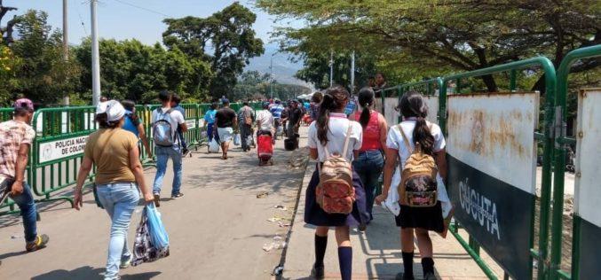 Venezolanos en Tennessee unifican esfuerzos para dar ayuda humanitaria