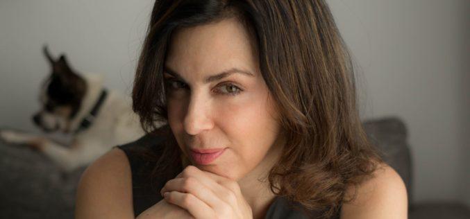 """La escritora Claudia Marcucetti presenta en Miami su libro """"Donde termina el Mar"""""""