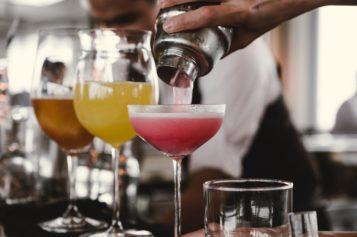 ¿Cuáles son las órdenes de bebidas que más molestan a los bármanes?