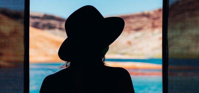 Luz y sombra, un poema de Eduardo Escalante