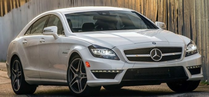 ¿Cuáles son los carros que son dejados por los propietarios en el primer año de uso?