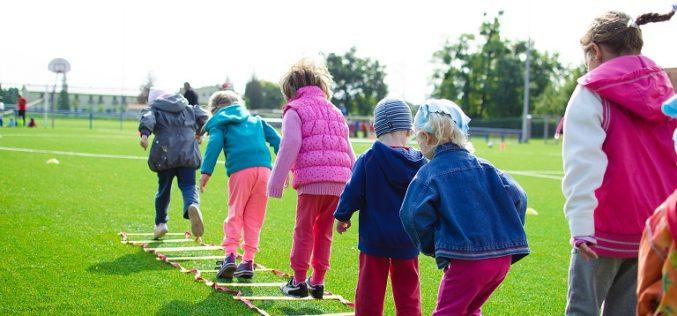Recreación infantil: ¡Más actividad física y menos juegos digitales!