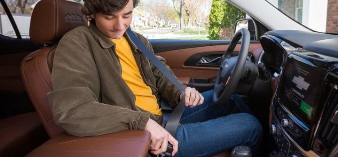 Buckle to Drive de Chevrolet le recuerda a los jóvenes abrocharse el cinturón