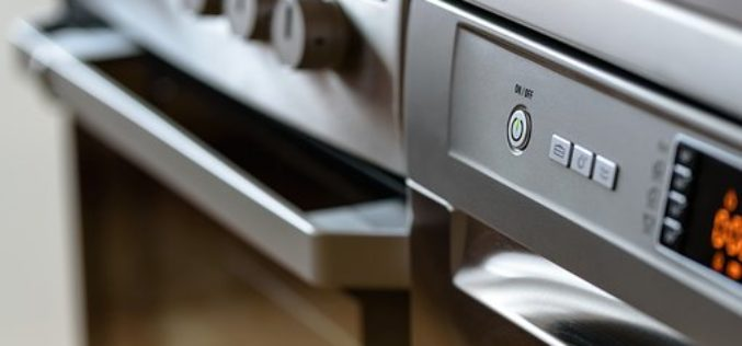¿Cuál es el secreto para mantener su lavaplatos reluciente?