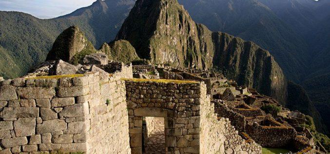 ¿Cuáles son las 6 similitudes entre la cultura inca y egipcia?
