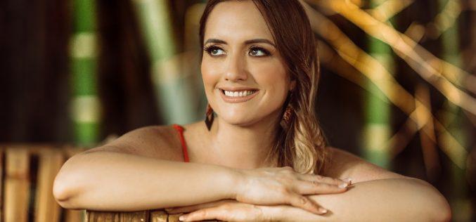 """Llega """"Priscilla Bousek"""", el album debut de la nueva voz de la música latina"""
