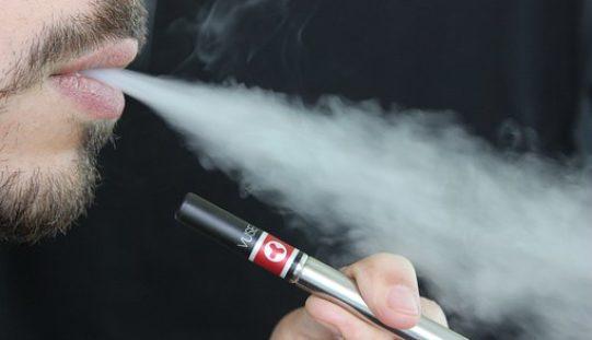 ¿Por qué los cigarrillos electrónicos representan un riesgo para los niños?