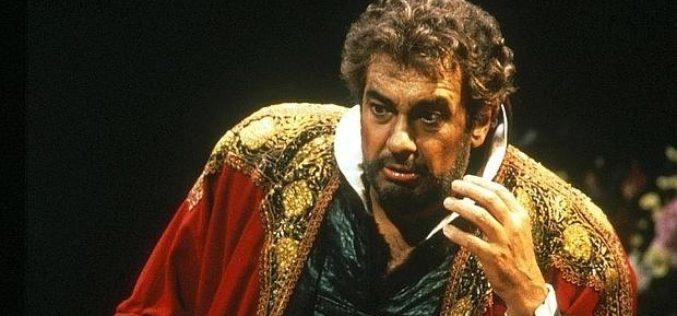 Plácido Domingo contra el beso de Tosca