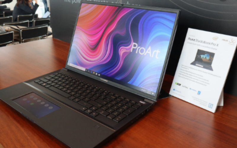 StudioBook Pro X de ASUS es una potente computadora portátil para creativos